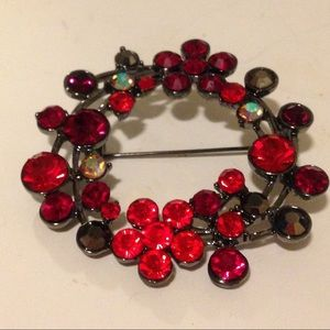 Accessories - Red flower pin